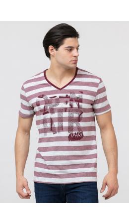 * Мужская футболка-в наличии